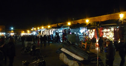 Photo: Marrakech (Djemaa el Fna)
