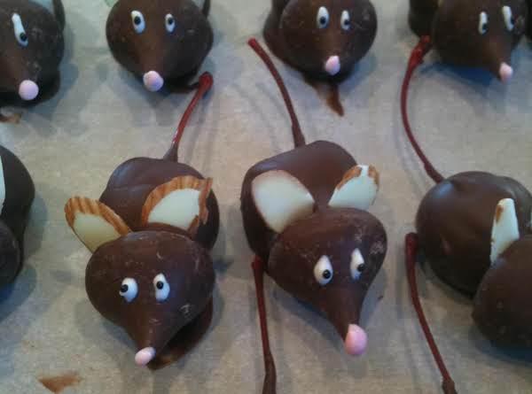 Chocolate Covered Cherry Mice
