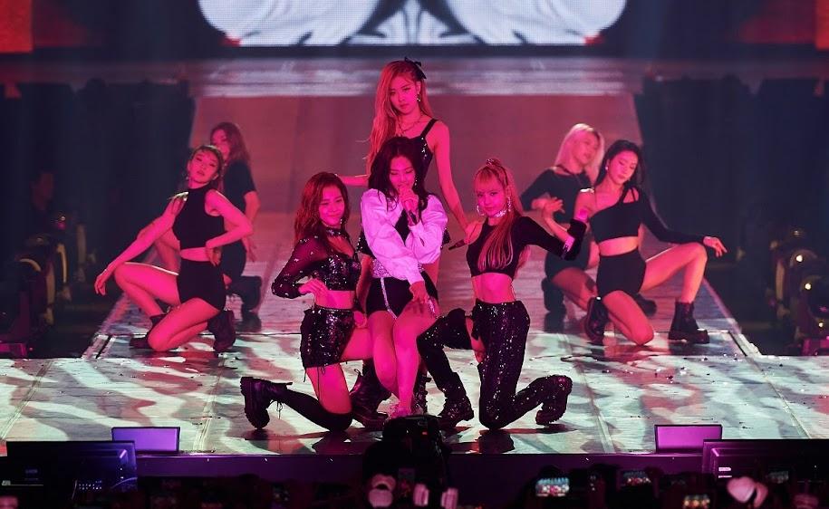 【迷迷現場】BLACKPINK首次攻台開唱 吸近萬人朝聖