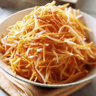 Easy Raw Polish Carrot Salad (SuróWka Z Marchewki) Recipe