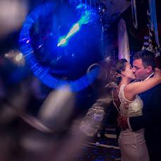Wedding photographer Adrian Zussino (adrianzussino). Photo of 02.11.2017