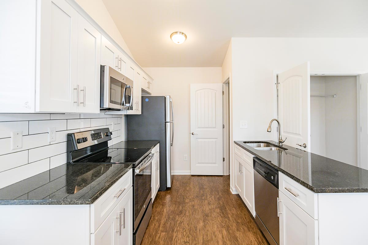 1x1 Upstairs B Floorplan (1 Bed, 1 Bath) | Sweetwater Commons in ...
