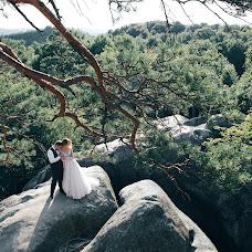 Wedding photographer Nazariy Karkhut (Karkhut). Photo of 02.10.2017