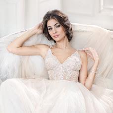 Wedding photographer Galina Nabatnikova (Nabat). Photo of 08.07.2017