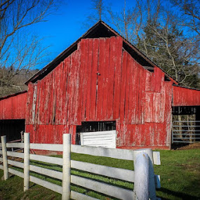 Old Red Barn by Tony Richard - Buildings & Architecture Decaying & Abandoned