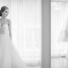 Wedding photographer Viktor Piktor (VICTORPICTOR1983). Photo of 10.08.2015