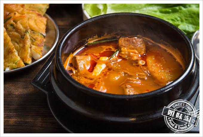 槿韓食堂馬鈴薯燉排骨