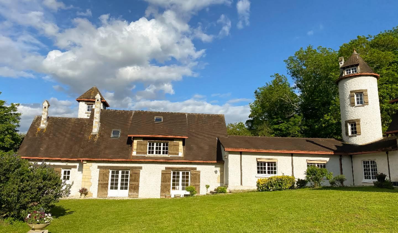 Maison avec terrasse L'Isle-Adam