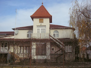 Photo: Hecha - Sadyba Fozekosh Klara - 01
