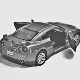 Toy Nissan GTR Car - Closeup Shot by Al-Arshad Parveez [a.h.a photography] - Black & White Objects & Still Life ( cars, toys, closeup, black and white )