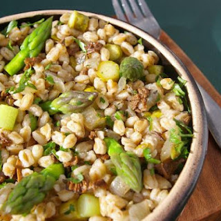 Farro With Mushrooms and Asparagus.