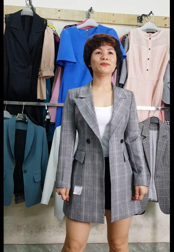 4 cách Mix đồ áo Vest nữ với quần Short thời trang thuỷ sài gòn