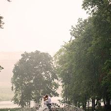 Wedding photographer Nikolay Chernyshev (fotonikola). Photo of 22.04.2014