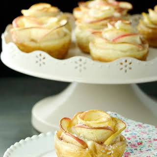 Apple Rose Puffs.