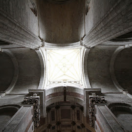 Light by Ricardo Nascimento - Buildings & Architecture Statues & Monuments