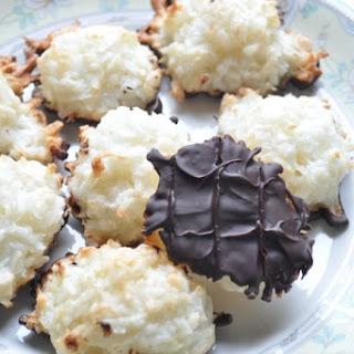 Easy Coconut Macaroon Cookie Recipe
