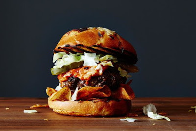 This burger's all that and a bag of barbecue-flavored chips.
