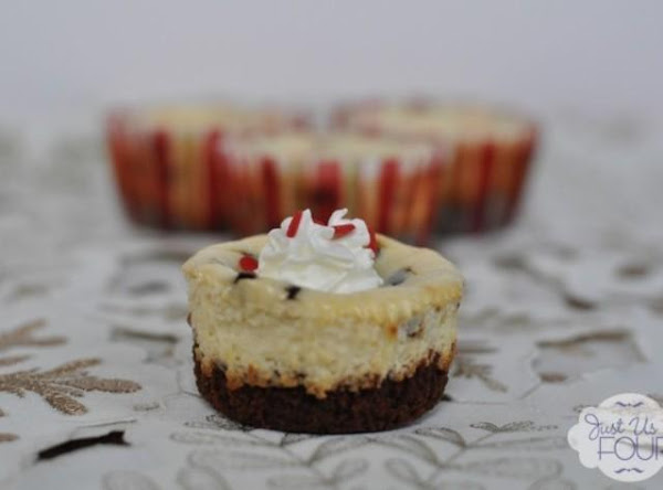 Peppermint Chocolate Chip Cheesecake Bites Recipe