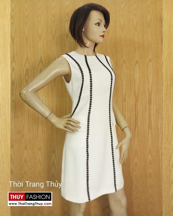 Váy suông sát nách phố ren sọc màu trắng V683 thời trang thủy hà nội