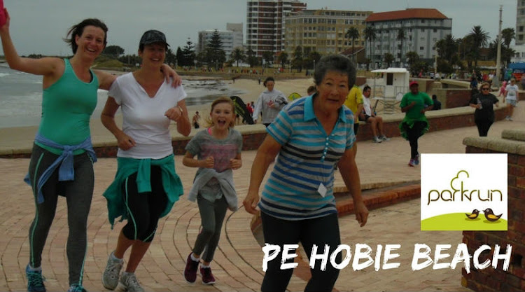 PE Hobie Beach parkrun starts at the palm tree at Shark Rock Pier every Saturday morning at 8am