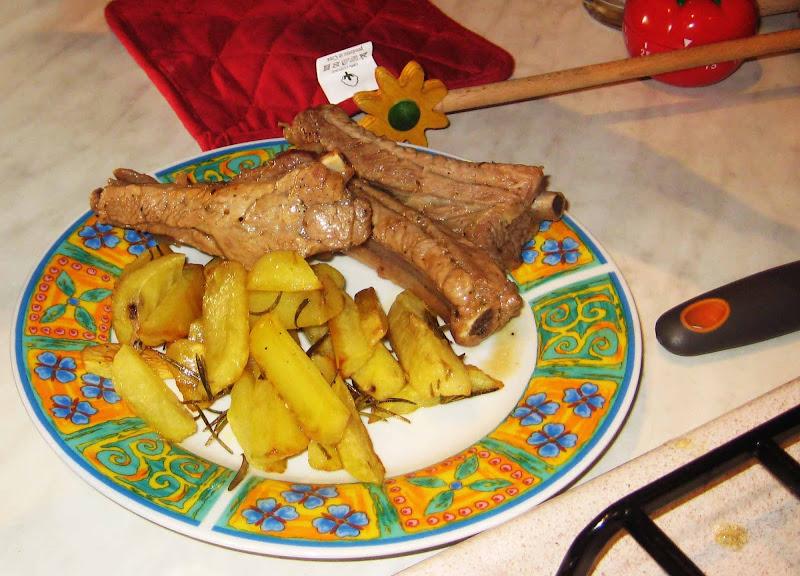 costine e patate al forno di aeglos