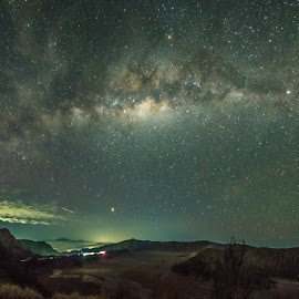 Under the star by Mac Evanz - Landscapes Starscapes