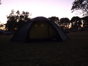 Photo: Punkt 7:00 Uhr: Aufstehen im Morgengrauen nach einer Nacht im Barkly Homestead Caravan Park