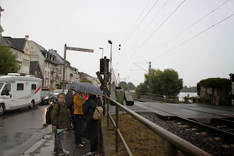 Photo: Onsdag Rhinfart. Vi venter på at bommene skal gå op så vi kan komme på tur.