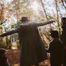Wedding photographer Aleksandr Khalabuzar (A-Kh). Photo of 21.10.2018