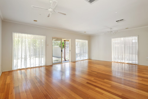 Photo of property at 9 Otway Green, Caroline Springs 3023