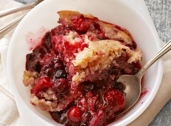 Mixed Berry Pudding Cake Recipe