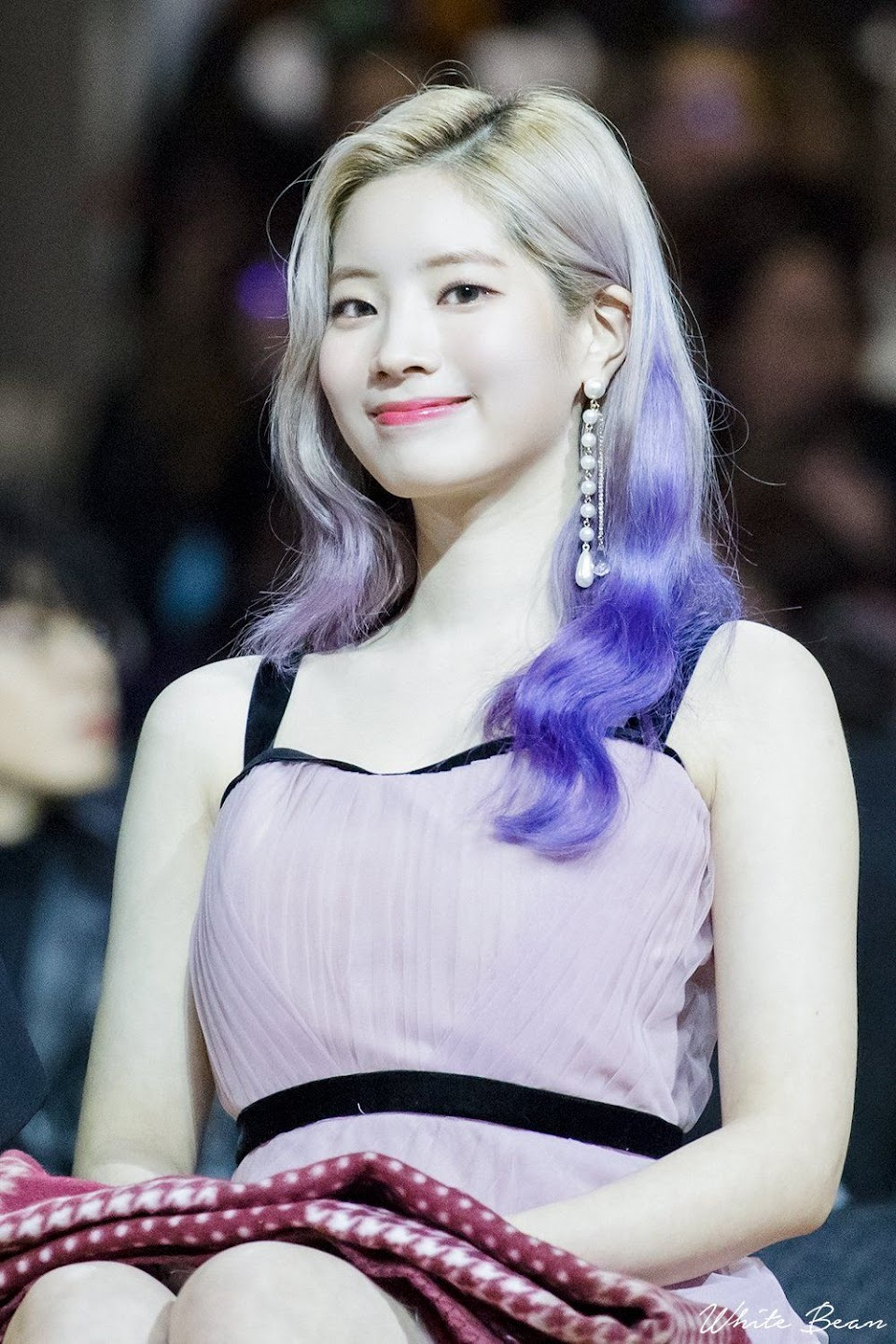 dahyun carpet 62