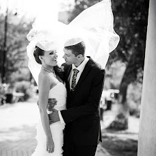Wedding photographer Mikhail Zakhvatkin (Zakhvatkin). Photo of 20.10.2012