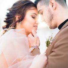 Wedding photographer Viktoriya Antropova (happyhappy). Photo of 31.01.2017