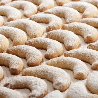 Yule Moon Cookies.