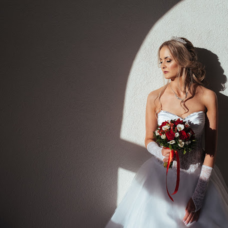 Wedding photographer Artem Smirnov (ArtyomSmirnov). Photo of 09.03.2018