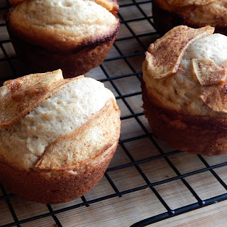 Apple Cinnamon Topped Muffins.