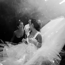 Wedding photographer Zequi Gasparini (gasparini). Photo of 11.04.2016