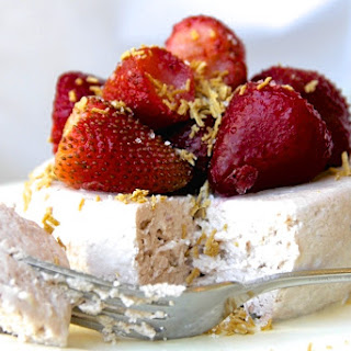 Skinny Strawberry Cheesecake for One.