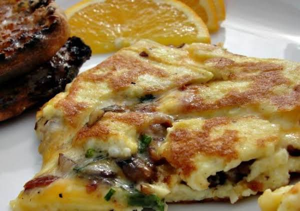 Bacon, Mushroom And Pepper Jack Cheese Omelet