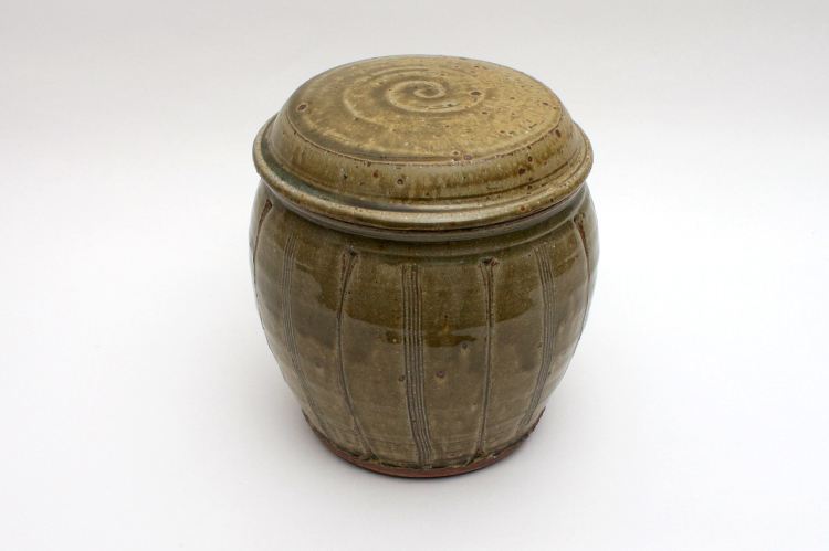 Mike Dodd Large Ceramic Jar 001