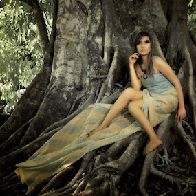 by Agust Syahrivana - People Portraits of Women