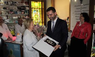 Homenaje a la farmacéutica Mª Rosa Morales