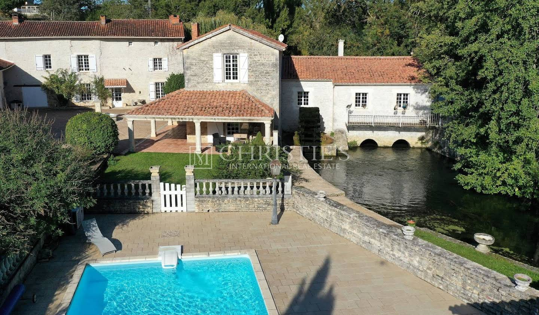 Property Angouleme