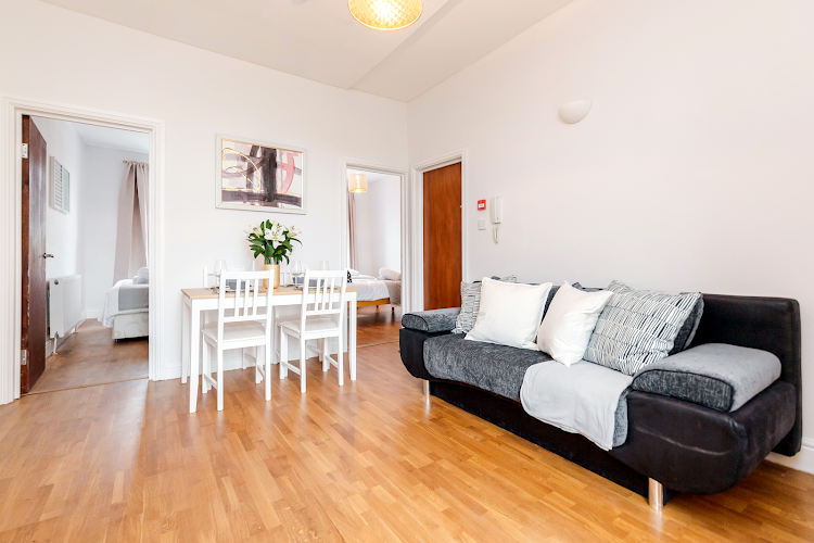 Living area at WelcomeStay - Clapham Junction
