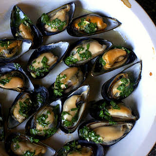 Broiled Mussels.