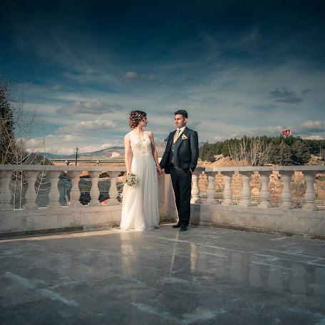 Wedding photographer Cihan Özdemir (studyocewahir). Photo of 16.03.2016