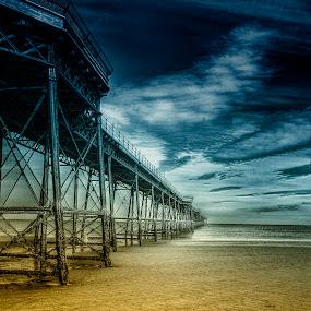 Queen's Pier by CLINT HUDSON - Landscapes Travel ( ramsey, seascape, queen's pier )