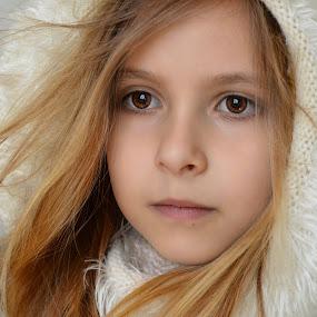 windy  by Mark Warick - Babies & Children Child Portraits