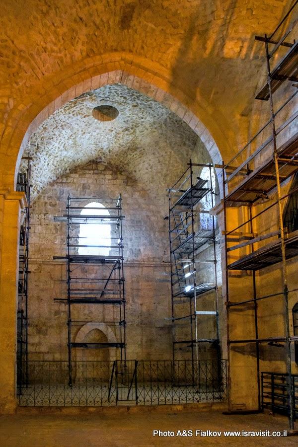 В мечете Наби Самуил. Экскурсия в Иерусалим.